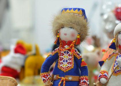 Областнаявыставкатрадиционной,авторской, интерьерной куклы «Маленький народец водит хороводец» 4.11-6.11
